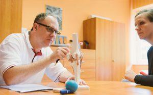 Patientengespräch mit Facharzt